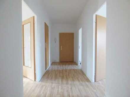 Helle 3-Raumwohnung im Erdgeschoss