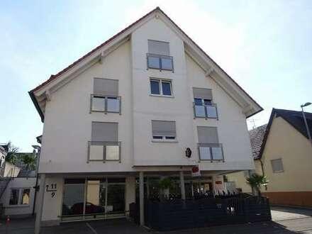 Sindelfingen-Darmsheim - helle 3,5-Zimmer-Mietwohnung mit Balkon