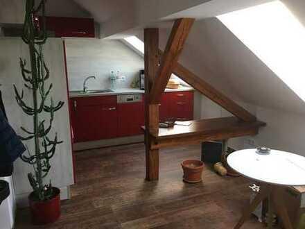 Neuwertige 1-Zimmer-DG-Wohnung mit EBK in Oranienburg