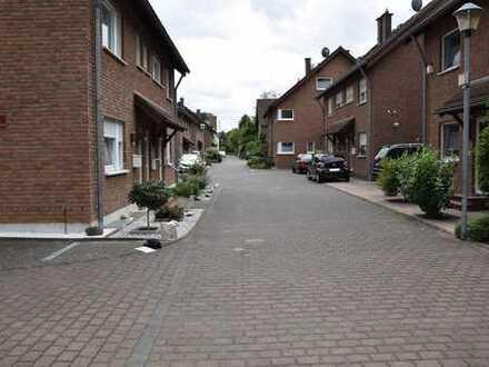 Nur Mietkauf möglich! Wohnung mit eigenem Garten und überdachtem KFZ-Stellplatz