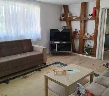 Großes Haus m. Ausbaureserve- 3 Garagen und Garten!
