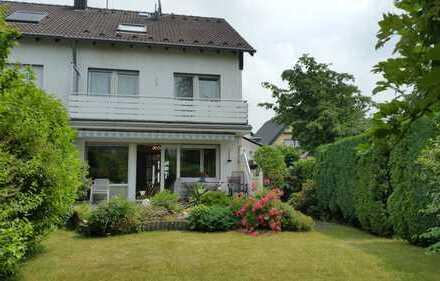 Gepflegtes 6 Zi.-Haus in befahrbarem Wohnweg. Köln, Wahnheide