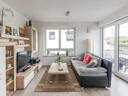 Moderne, neuwertige 3-Zi. OG Wohnung mit Balkon in Arnstorf