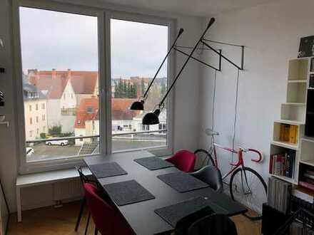 Stilvolle, neuwertige 2-Zimmer-DG-Wohnung mit Dachterrasse und Einbauküche in Münster
