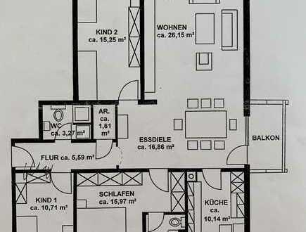 Vollständig renovierte 4-Zimmer-Wohnung mit 2 Balkonen in Regensburg