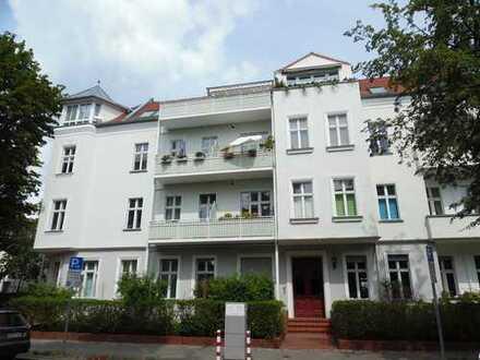 Karlshorst/ san.modern.Altb./attrakt.2 Zimmer,ca.61m²Wohnfl.,2.OG.Ebk.Loggia