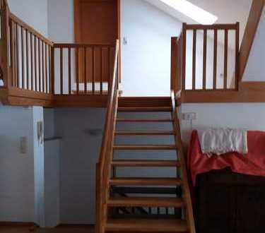 Schöne 2,5 Zimmer Maisonette Wohnung an bester Lage
