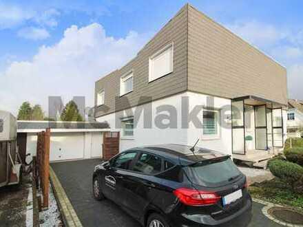 Doppelhaushälfte mit herrlichem Garten und großer Garage