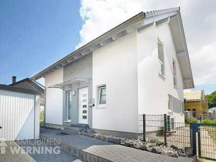 Sehr gepflegtes Einfamilienhaus mit schönem Garten, 5 Zimmer, KfW55