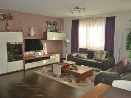 Furnished vier Zimmer Wohnung in Frankfurt am Main,Lichtdurchflutet, ganz und grün nachbarschaft