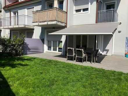 Top 4-Zimmer EG-Wohnung mit großem Garten und 3 Terrassen