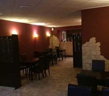 Verpachtung Gaststätte oder auch für andere Nutzung geignet.