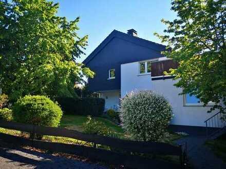 Zweifamilienhaus in sehr guter Wohnlage - direkt am Wald