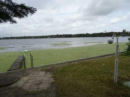 Exclusives Wassergrundstück mit Bootshaus am Dämmeritzsee