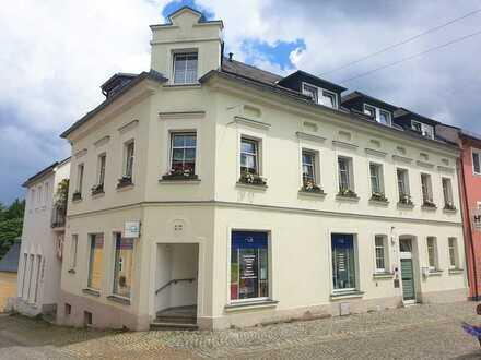 2 Ladenflächen in zentralem Wohn- und Geschäftshaus in Bad Lobenstein zum Verkauf