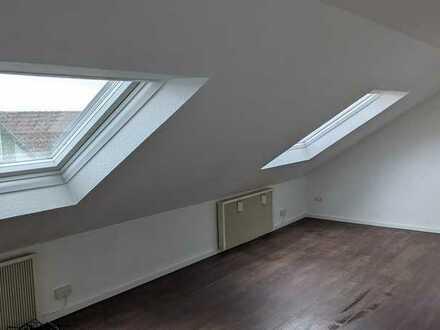 2-Zimmer Wohnung - NEU SANIERT- in Schweinfurt, Hochfeld-Steinberg,