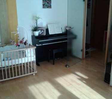 Helle 3,5-Zimmer-Wohnung mit Balkon und Einbauküche in der Innenstadt von Biberach