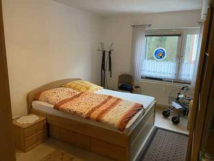 Vollständig renovierte 3-Zimmer-Hochparterre-Wohnung mit Terrasse in Leer (Ostfriesland)