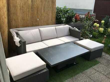 Schönes modern möbliertes Zimmer 15 m2 mit eigener Terasse und Garten für 1 Monat oder maximal 10 Mo