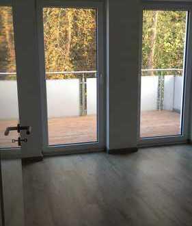 Geschmackvolle Dachgeschosswohnung mit drei Räumen und Einbauküche in Jena