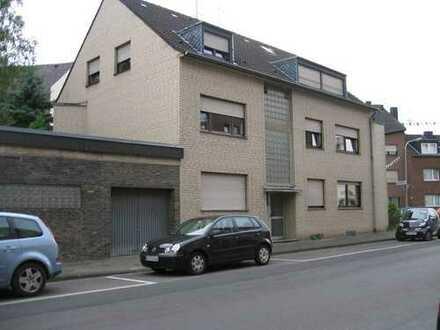 Helle zwei Zimmer Wohnung in MG-Windberg