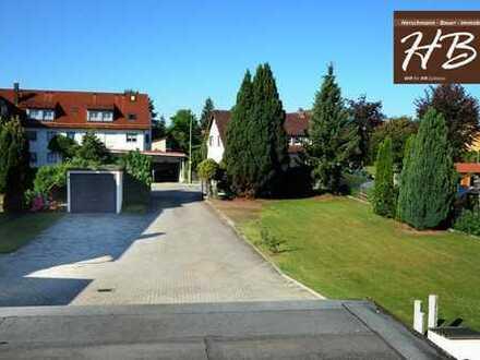 TOP Angebot! Zweifamilienhaus mit großem Garten oder auch sonnigem Baugrundstück!