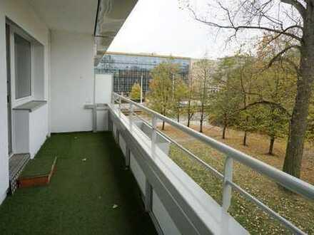Seniorenappartement mit grossem Balkon und Aufzug