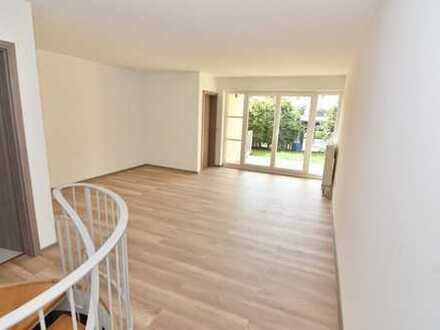 Individuelle Maisonette-Wohnung mit Terrasse und Carport-Stellplatz!