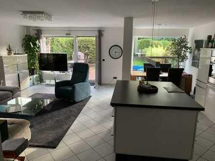 900 €, 92 m², 3 Zimmer