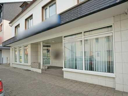 Großzügige Geschäfts- / Bürofläche in Oeventroper Zentrumslage!