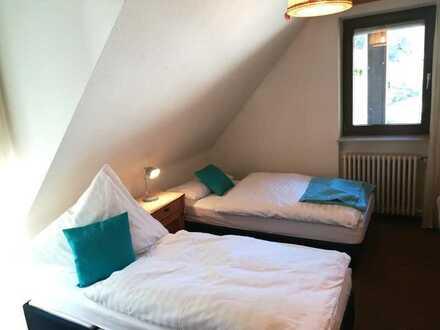 Stilvolle, gepflegte 1-Zimmer mit Balkon von etwa 15qm²