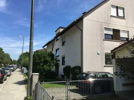 Möblierte 3,5 Zi-Wohnung mit großem Balkon in Großhadern (U6) KEINE WG!