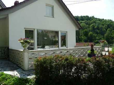 Sonniges EFH mit Terrasse und Balkon ruhige Ortsrandlage, Bad Niedernau