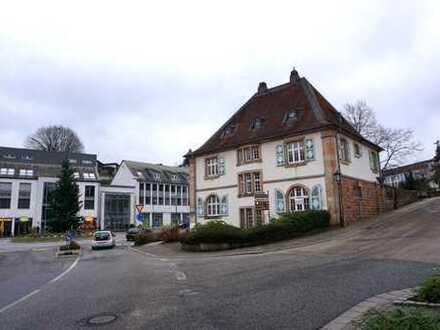 Gewerbeeinheit/Büroräume (90 qm) in bester Zentrumslage in Waldfischbach
