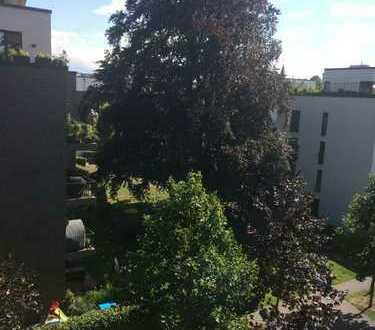 Parkquartier Eilbektal Neuwertige 4-Zimmer-Wohnung mit Balkon und Einbauküche in Hamburg-Barmbek-Süd