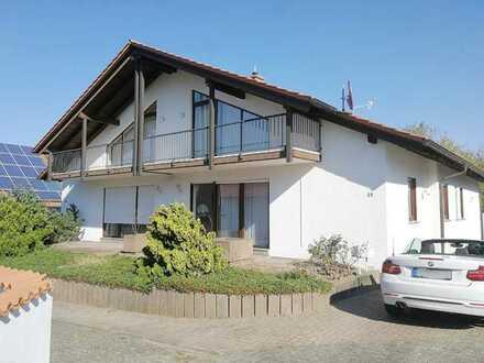 Schönes, geräumiges Haus mit fünf Zimmern in Südliche Weinstraße (Kreis), Bad Bergzabern