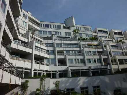 *** Großer Balkon! Ruhig und die Westberliner City vor der Tür! ***