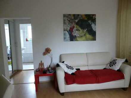 Mieterfrei--ZAUBERHAFTE 2 Zimmerwohnung- 55qm-mitten im Grünen gelegen-sehr ruhig