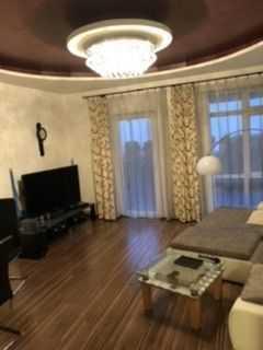Schöne Erdgeschosswohnung in gehobener Ausstattung und eigenem Eingang in Homburg zu verkaufen