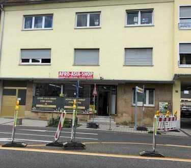 Freundliche 5-Zimmer-Wohnung mit Balkon und EBK in Hanau