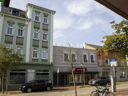 Bebautes Grundstück in der Cuxhavener Fußgängerzone: Viele Möglichkeiten, Sie entscheiden!
