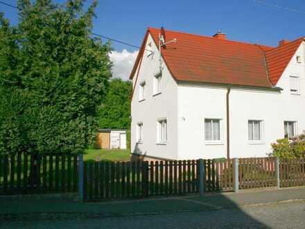 Schöne Doppelhaushälfte in Ohorn.