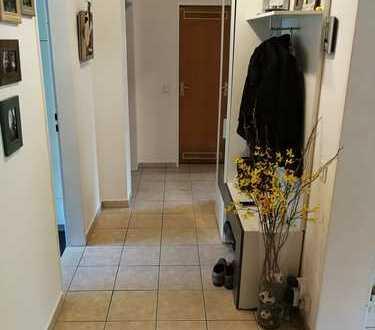 *PROVISIONSFREI* Modernisierte 3-Zi.-Wohnung mit Balkon, Einbauküche und Garten in Bornheim Zentrum