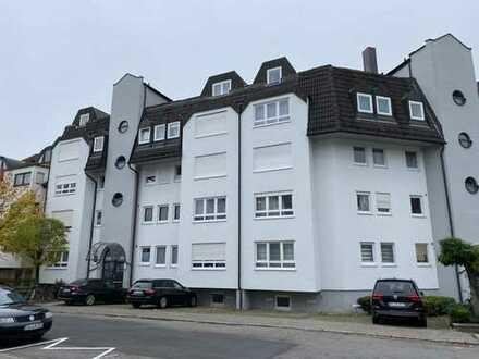Zentral gelegene, gepflegte 2-Zimmer-Wohnung mit Balkon in Böblingen - ideale Kapitalanlage - PRIVAT