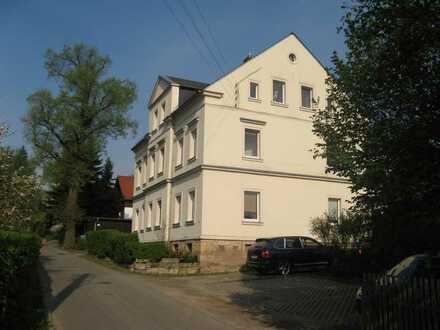 Modernisierte 4-Zimmer-EG-Wohnung mit Terrasse in Niederwiesa