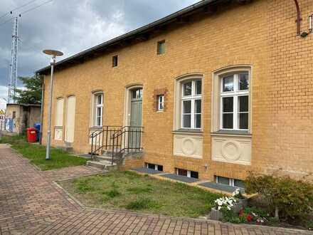 Gewerbeflächen im Erdgeschoss am Bahnhof Michendorf