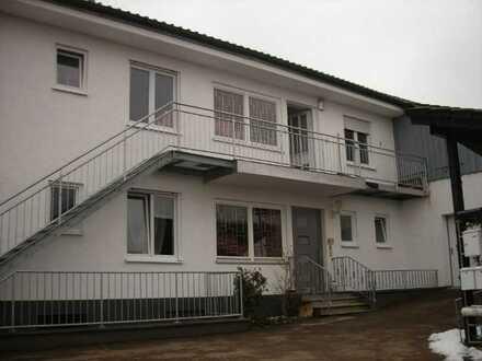1,5-Zimmer-Wohnung mit Balkon in Abensberg