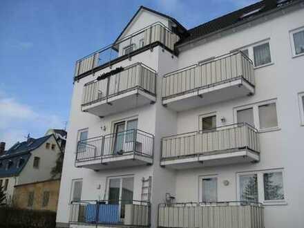 3-Raum-Wohnung mit Balkon im Stadtteil Ernstthal