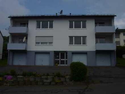 Schöne lichtdurchflutete Wohnung mit Weitsicht auf Daun in einem ruhigen Vierfamilienhaus