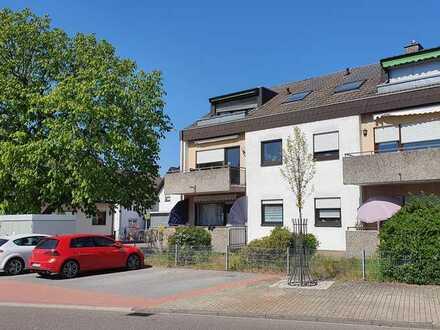 *Provisionsfrei* Gepflegte 2,5-Zimmer-Wohnung mit Balkon und Einbauküche in Sandhausen